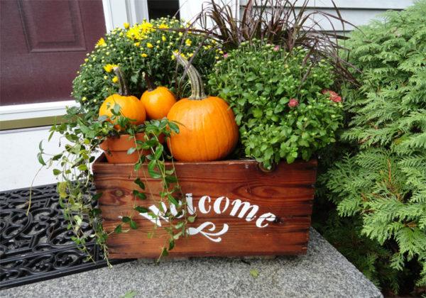 Fall planter - self watering garden container DIY