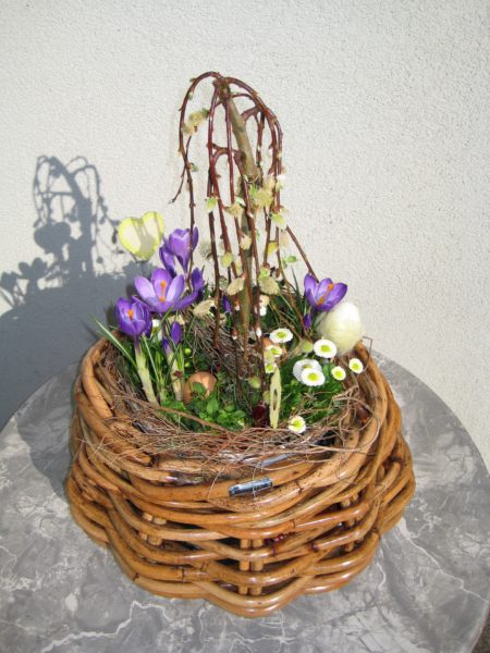 Easter Spring planter